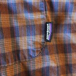 Patagonia Shirts - Patagonia light flannel shirt